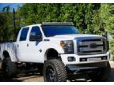 2014 Ford F-250-Super-Duty Truck in Los Angeles, CA