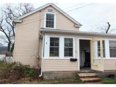 3 Bed 1.1 Bath Foreclosure Property in West Haven, CT 06516 - Maple St