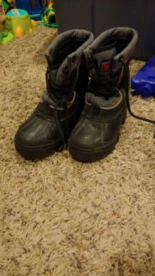 Winter boots- little boy size 11