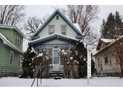 3 Bed 1 Bath Preforeclosure Property in Minneapolis, MN 55406 - 42nd Ave S