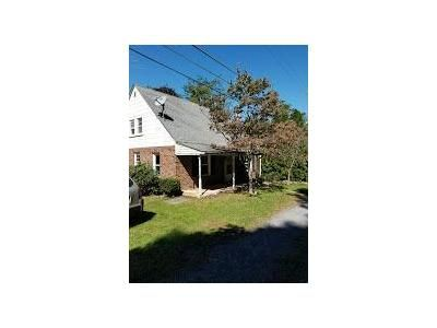 3 Bed 2 Bath Foreclosure Property in Saylorsburg, PA 18353 - Herbst Ave