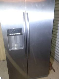 Whirlpool Side by side Refrigerator 26 cf