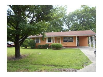 2 Bed 2 Bath Foreclosure Property in Greenwood, MS 38930 - W Monroe Ave