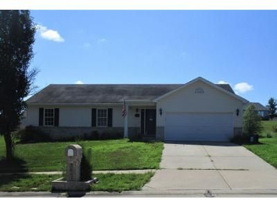 3 Bed 2 Bath Preforeclosure Property in Wentzville, MO 63385 - Bedford Pointe Dr