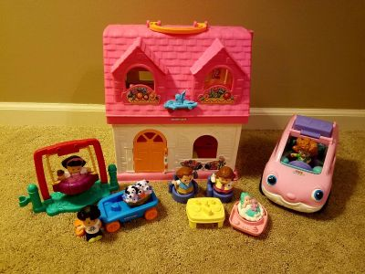 Fisher Price Little People Surprise & Sounds Home-Over 50 Sounds/Songs/Phrases with Extras