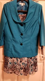 Gorgeous Brand New w/Tags Ladies 2 Piece Outfit Jacket and Skirt