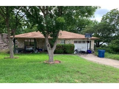 2 Bath Preforeclosure Property in Kerrville, TX 78028 - Dean Dr