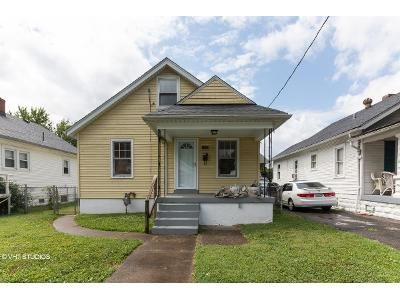 2 Bed 1 Bath Foreclosure Property in Louisville, KY 40215 - Sale Ave