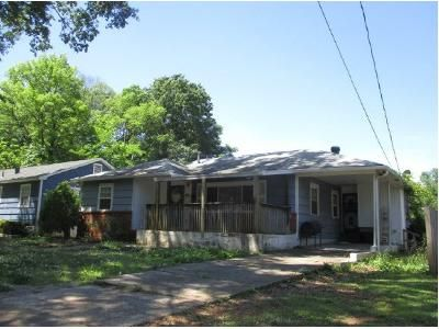 3 Bed 2 Bath Foreclosure Property in Birmingham, AL 35211 - 18th St SW