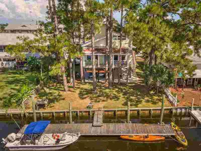 20 Sandpiper Lane Crawfordville Four BR, Fisherman/Beachcombe...