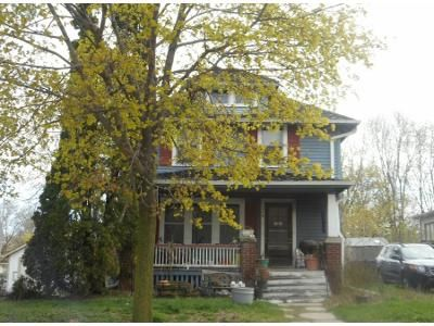3 Bed 1 Bath Preforeclosure Property in Waukesha, WI 53186 - N Racine Ave