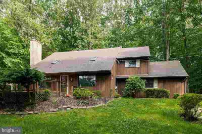715 Country Club Rd PHOENIXVILLE Three BR, Welcome home to your