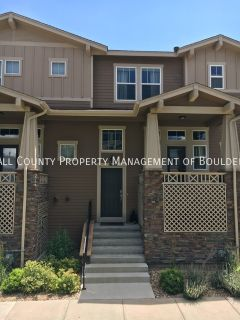 Like New Townhome in Southwest Longmont
