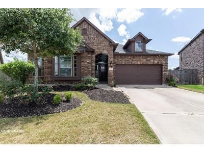 4 Bed 3 Bath Foreclosure Property in Fulshear, TX 77441 - Little Creek Ct