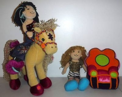 Groovy Girls Calypso Callie Horse - Flower Power Chair + 2 Dolls
