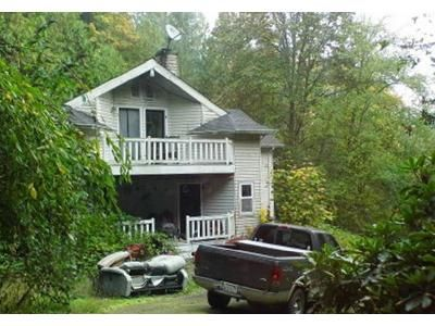4 Bed 1 Bath Foreclosure Property in Poulsbo, WA 98370 - Noll Rd NE