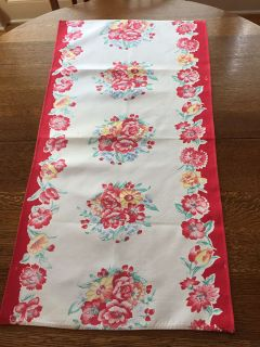 1950s Rose Bouquet Table Runner - Damaged