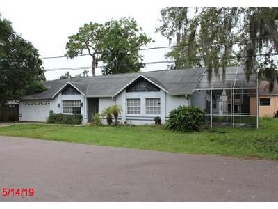 3 Bed 2 Bath Foreclosure Property in Saint Petersburg, FL 33709 - 72nd Ln N
