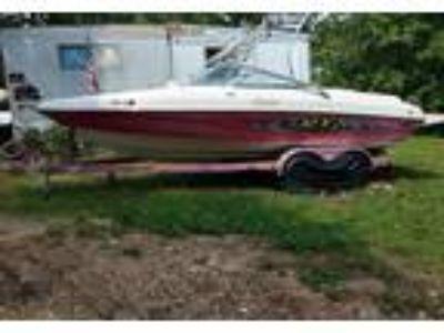 2005 Rinker 212-Captiva-RX1-SK Power Boat in Buffalo, MO