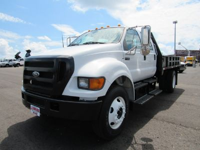 2006 Ford F-750 FLATBED ()