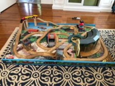 Thomas the Train floor table with tracks