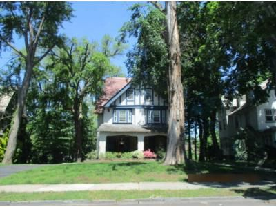 6 Bed 2.5 Bath Foreclosure Property in Jenkintown, PA 19046 - Summit Ave
