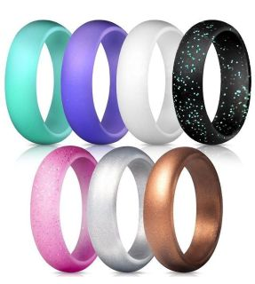 ISO a silicone ring in women s size 6-7. Maybe you bought a multi-pack and don t want them all?