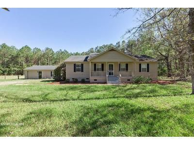 3 Bed 2 Bath Foreclosure Property in Rocky Point, NC 28457 - Mill Pond Trl