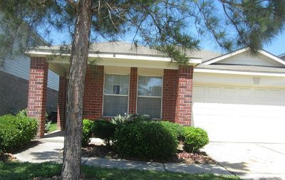 $700, New Listing in Katy