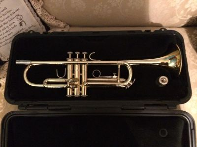 Bach TR300 Student Trumpet