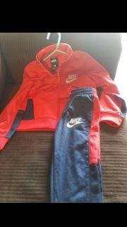 Nike outfit 4t