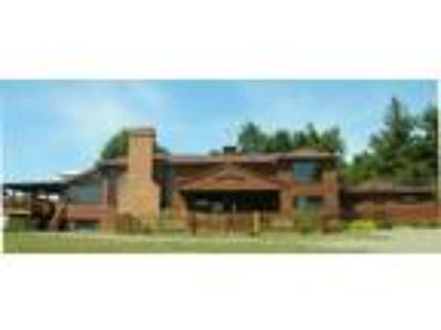 Inn for Sale: Bent Mountain Lodge Bed And Breakfast, Inc.