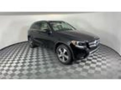 used 2016 Mercedes-Benz GLC-Class for sale.