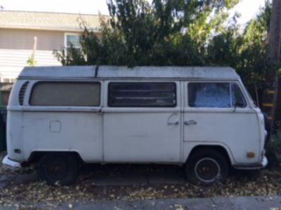 1970 Camper Bus