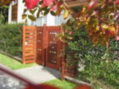 Beautiful Natural Stone and Wood Details Walk to North Berkeley BART, 1 mil...