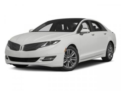 2014 Lincoln MKZ Base (White Platinum Clearcoat Metallic)