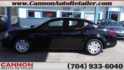 2013 Dodge Avenger SE (Black)