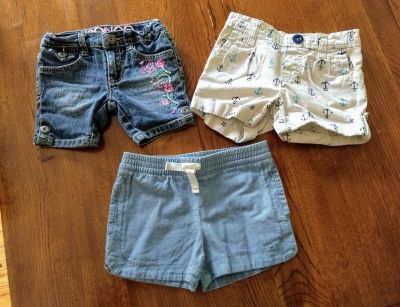 3 pairs of girls shorts