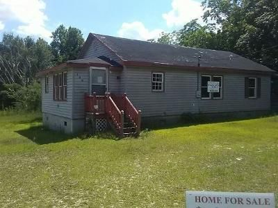 3 Bed 1 Bath Foreclosure Property in Garland, NC 28441 - Longview Lake Rd
