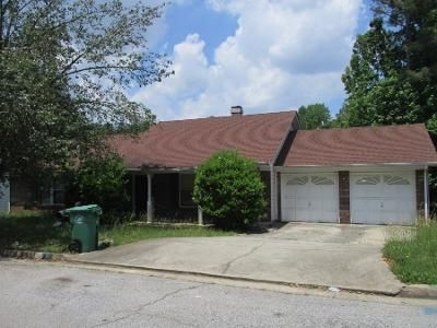 3 Bed 2 Bath Preforeclosure Property in Lithonia, GA 30038 - Regency Forest Ct