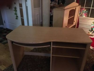 Free Computer table