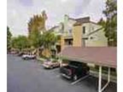 2bed2bath In Sunnyvale Pool Spa Gym Ac