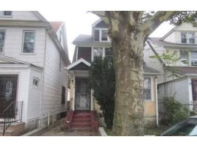 3 Bed 2 Bath Foreclosure Property in Jamaica, NY 11433 - 111th Ave
