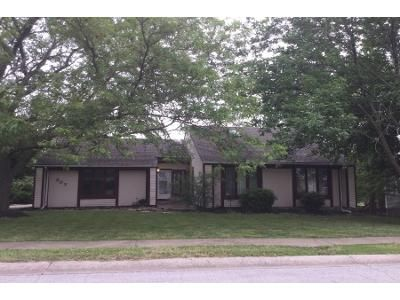 3 Bed Preforeclosure Property in Raymore, MO 64083 - Toucan St
