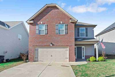 3520 Spring House Trl Clarksville, All bedrooms upstairs.