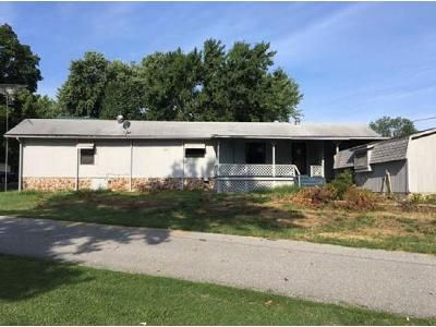 2 Bed 2 Bath Foreclosure Property in Grove, OK 74344 - S 608 Ct