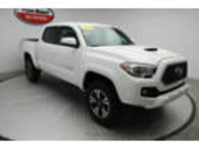 2019 Toyota Tacoma 2WD TRD Off Road Double Cab 5' Bed V6 AT 2WD TRD Off Road