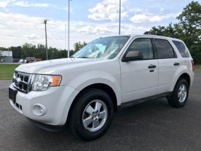 2012 Ford Escape XLT (White)