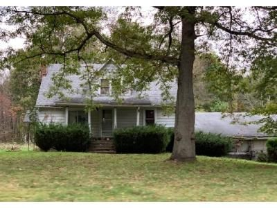 3 Bed 2 Bath Foreclosure Property in Grove City, PA 16127 - Blacktown Rd