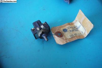 Bug Ghia Bus Screw terminal Wiper Switch NOS